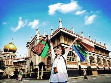 中国游客:成全球宠儿海外商家学新待客之道