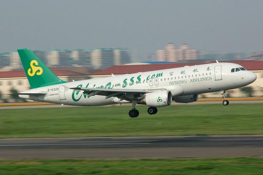 春秋航空:购60架A320议案通过 拟发债23亿