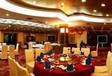 酒店业:向市场寻租,开医院抢婚宴办养老