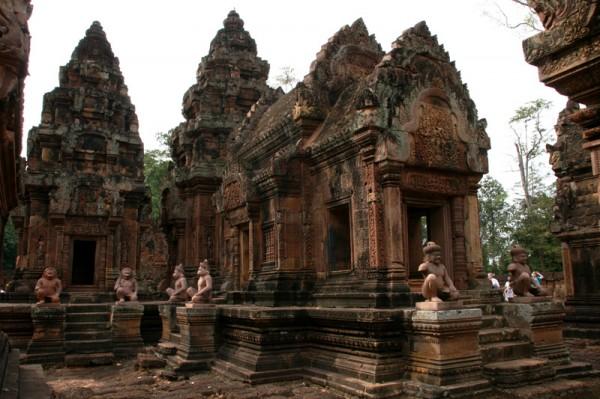 尼泊尔:将老旧宫殿及湖泊开发成旅游景点