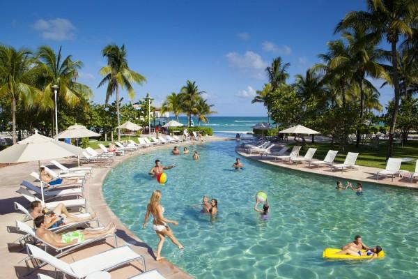 探讨:一价全包式度假村是进步还是倒退?