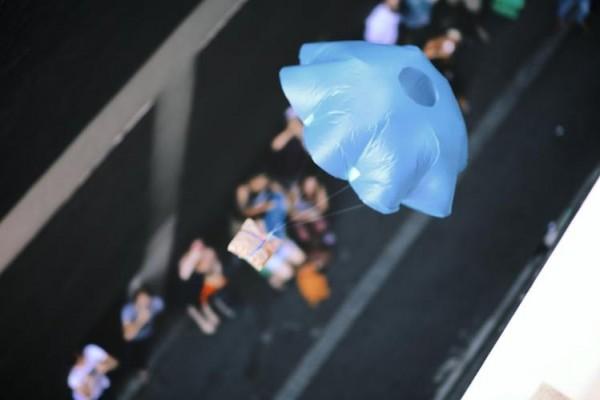 智慧餐饮:墨尔本餐厅用降落伞空降三明治