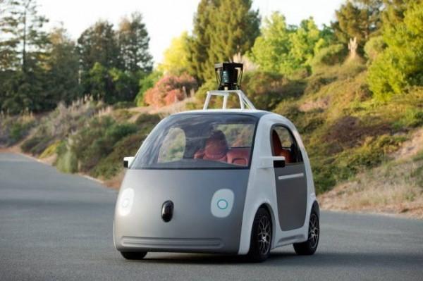 谷歌:无人驾驶汽车与新自驾游的N种可能