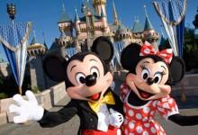 香港迪士尼:乐园拟扩建一倍 票价或涨两成