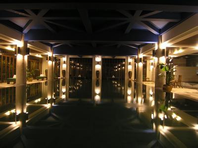 沃阁酒店:2018上半年营收758万 净利156万