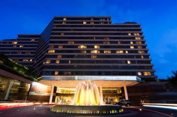 洲际:计划10亿美元出售香港地标洲际酒店