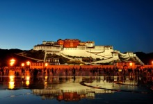 西藏拉萨:2014年旅游收入实现111.67亿元