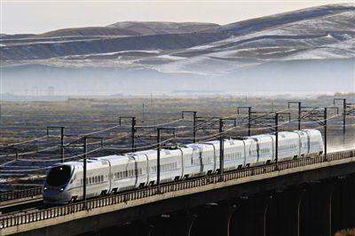 铁路:暑运发送旅客5亿多人次 旅游专列助力