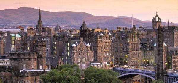 爱丁堡:旅游从业人员通过在线考试方可上岗