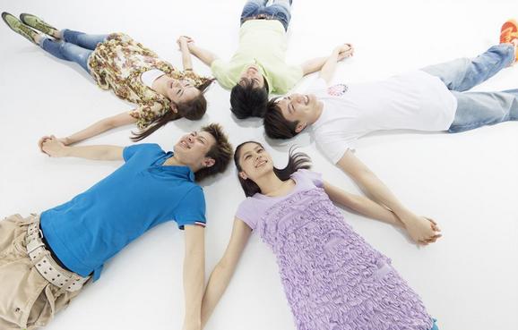 评论:吸引千禧一代旅客的五大设计原则