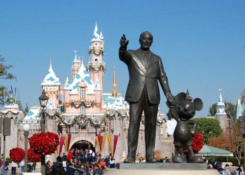 迪士尼:价格涨价依旧繁荣 定位高端消费者