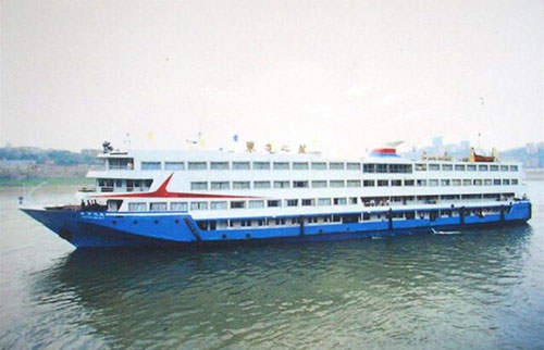快讯:东方之星游轮翻覆长江,载客458人