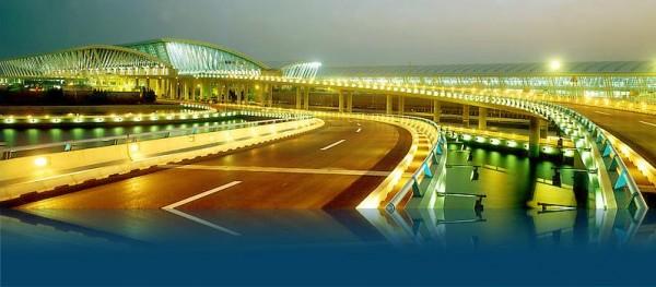 上海:超越北京成国内第一大航空枢纽中心