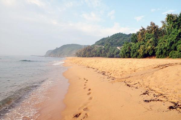 朝鲜:开拓新领域 打造冲浪胜地吸引游客