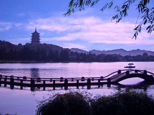 杭州:中端酒店扎堆 增幅高达50% 超北上广