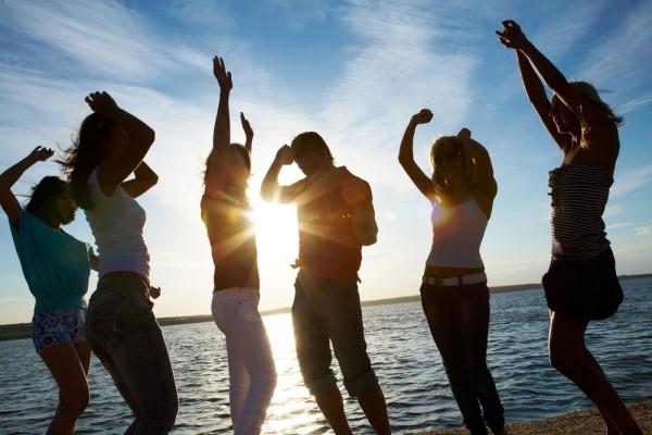 腾讯:发布7月安卓生态报告 透视暑期旅游市场