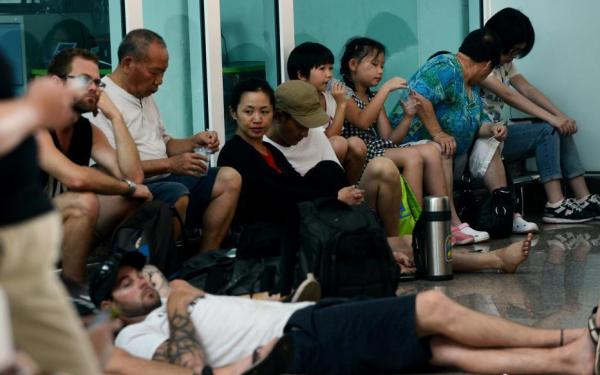 印尼:巴厘岛机场因拉翁火山喷发第三次关闭