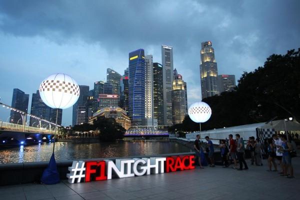 新加坡:国庆日F1大型节事助入境旅客激增