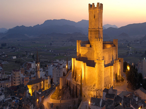 观察:西班牙开征旅游税,牟利还是保护海岛
