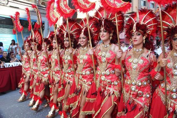 西班牙:成国人春节游新热点 游客量增近9成