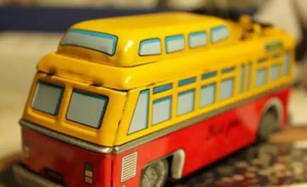 滴滴巴士:宣布试水旅游线路市场 布局旅游业