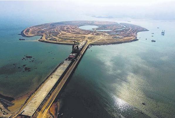 """厦门:建中国首个人造度假岛屿""""双鱼岛"""""""