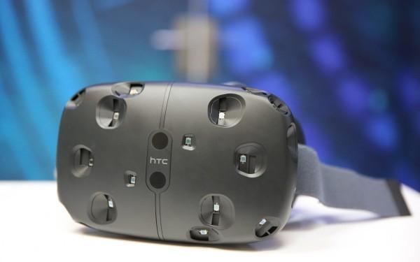 HTC Vive:沉浸感和互动性强,提升VR体验