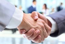 首旅酒店:与阿里旅行及石基信息成立合资公司