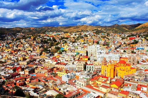 墨西哥:旅游收入16年来首超石油出口收入