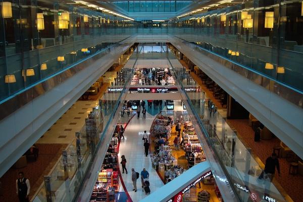 迪拜机场:商户明年起禁用一次性塑料制品