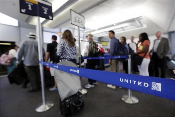 盘点:美国各家航空公司的亲子家庭登机政策