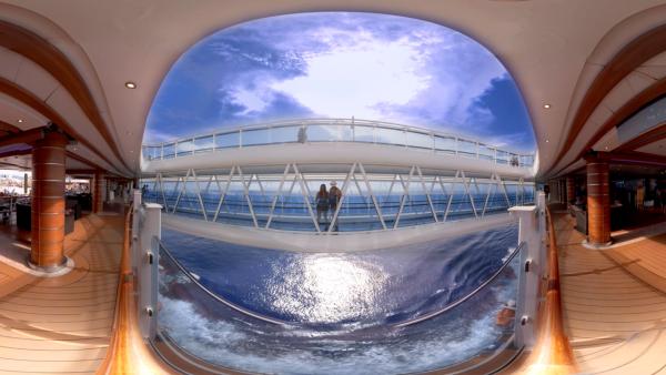 嘉年华邮轮:联手电信商AT&T推新航线VR技术