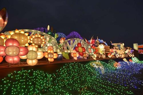 万达:与台旅会合作,台湾灯会千人主题活动