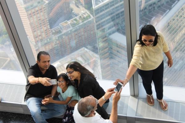 美国:2015赴美游客消费负增长 减少40亿美元