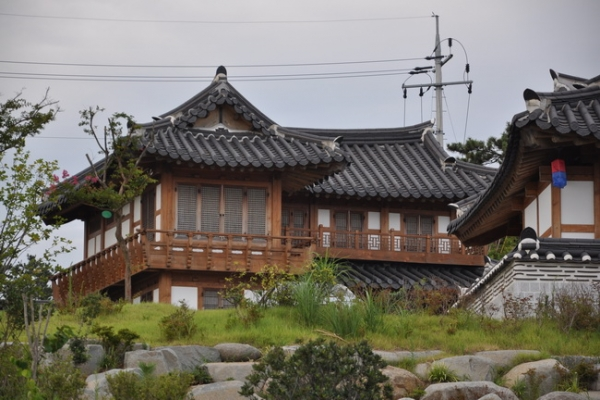 首尔:批建首家城市型韩屋酒店 称有利申遗