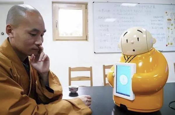 龙泉寺:机器僧贤二诞生,佛法无边开挂了
