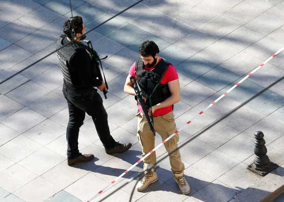 YouGov:图解政局动荡对美国游客出境游影响