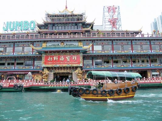 世界银行:中国旅游收入和境外消费均不断增长