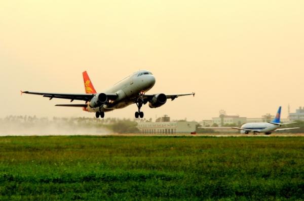 飞常准:2016端午民航出行大数据 准点率提升