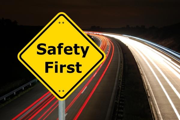 旅游安全:完善预警机制 强化高风险项目监管