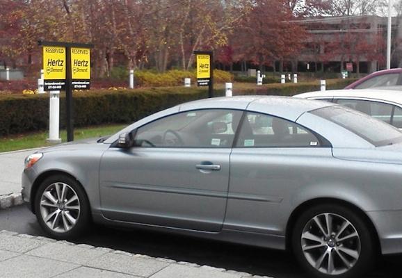 Hertz:与Uber和Lyft签约 为租车司机提供车辆