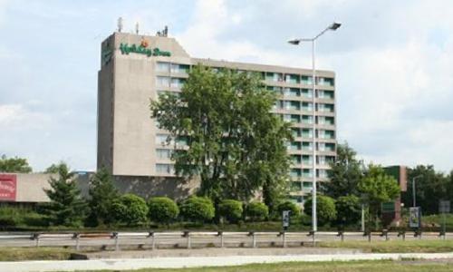 开元:2.15亿元收购荷兰埃因霍温假日酒店