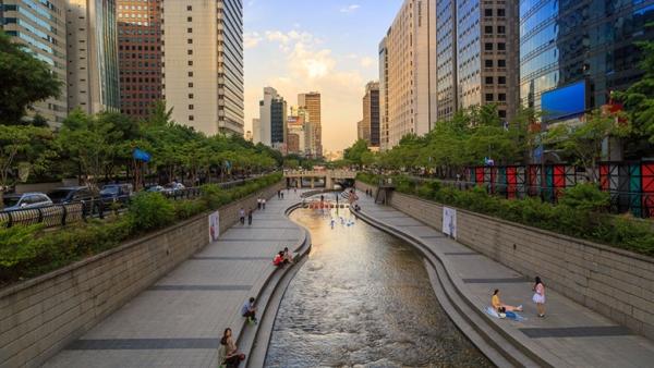 世界城市峰会:八大城市市区重振成功案例