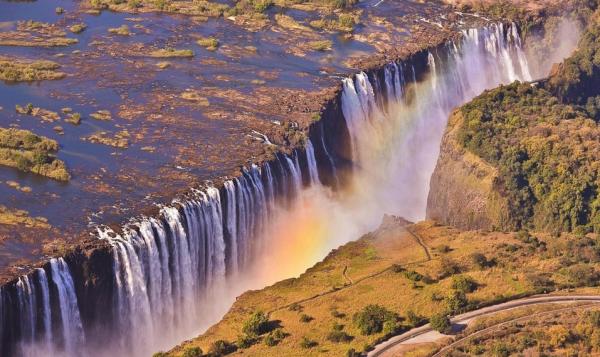 数据:上半年赴津巴布韦中国游客同比大增32%
