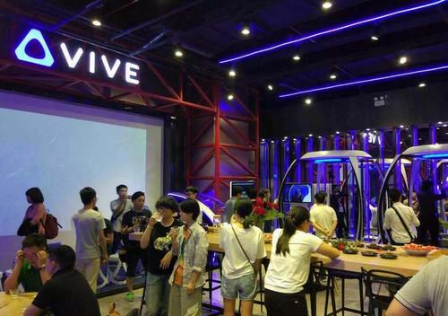 HTC Vive:联手洲际集团,酒店内开体验店
