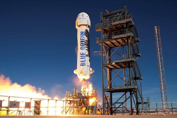 观察:谁跃跃欲试 将第一个开启太空私人旅行