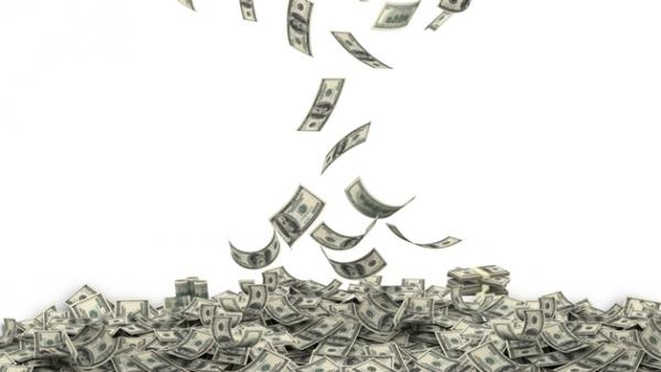 航司辅助服务收入:过去6年翻3倍 达674亿美元