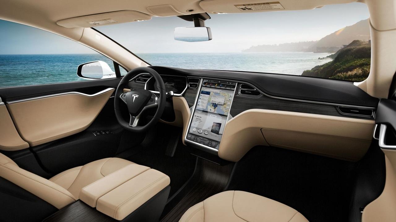 自动驾驶汽车:特斯拉将与Uber和Lyft展开竞争