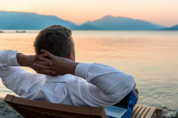 研究:不爱带薪休假,美国人在害怕什么?