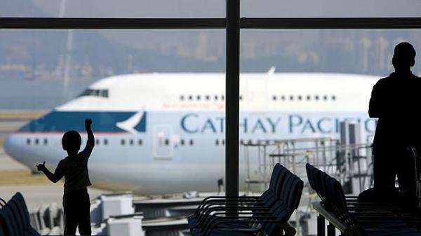 国泰:降薪裁员 飞行员或大规模跳槽大陆航企